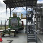 GREEN Access & Fall Protec-tion, a manufacturer and innovator of truck and railcar loading safety equip-ment, has custom-designed a complex Overseas Shipping Container Loading System for a client in Memphis, TN.